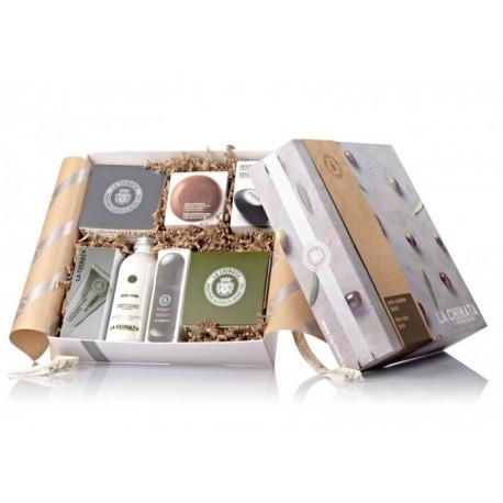 Pack con cosméticos natural para el cuidado del cuerpo